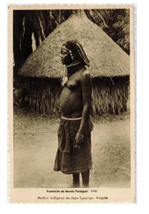 Mulher indígena da raça Typungo – Angola